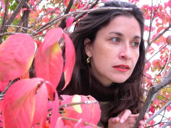 intre frunze