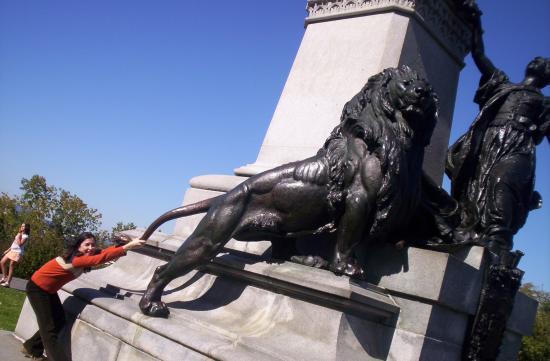 sacaind un leu