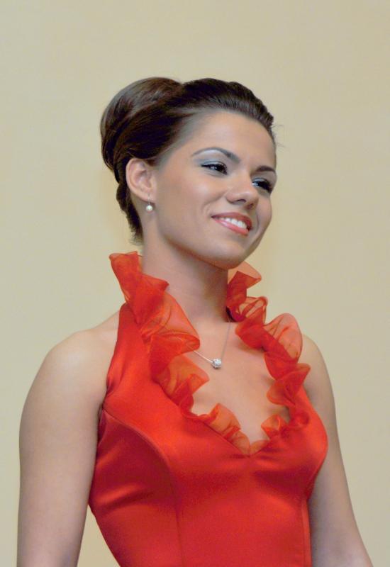 Young soprano Paula Iancic