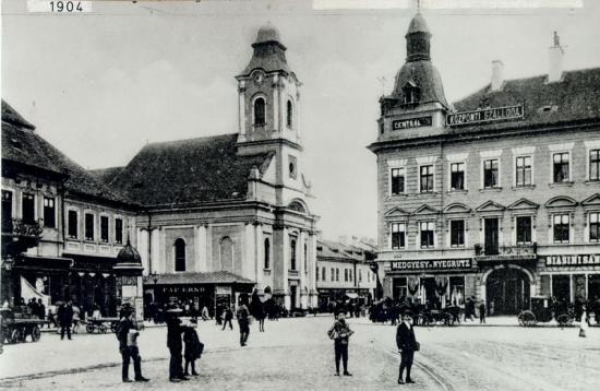245-1904