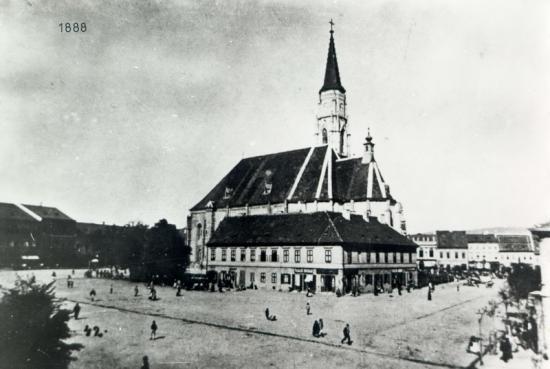 301-1888-piata Libertatii cu cladirile ce inconjurau biserilaSf.Mihail