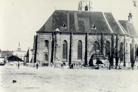 303-1859-se curata p.libertatii duta demolarea cladirilor situate pe partea de sud a bisericii