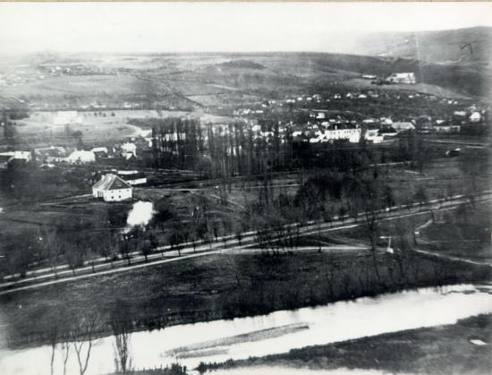 313-1859-vedere de pe Cetatuie-zona parcului orasului (in spate se vad fostul Muzeu al Ardealului
