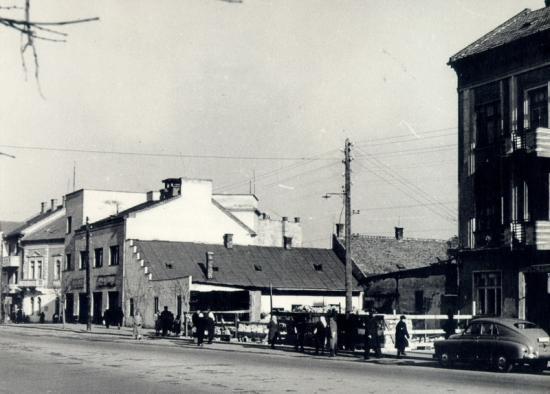 365-1958