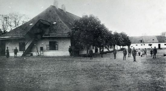 505-1916-cazarma de pe cetatuie