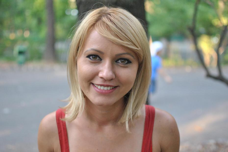 Alina Stan1