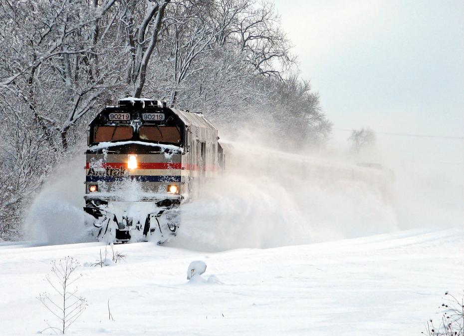 AmtrakJacksonSnow