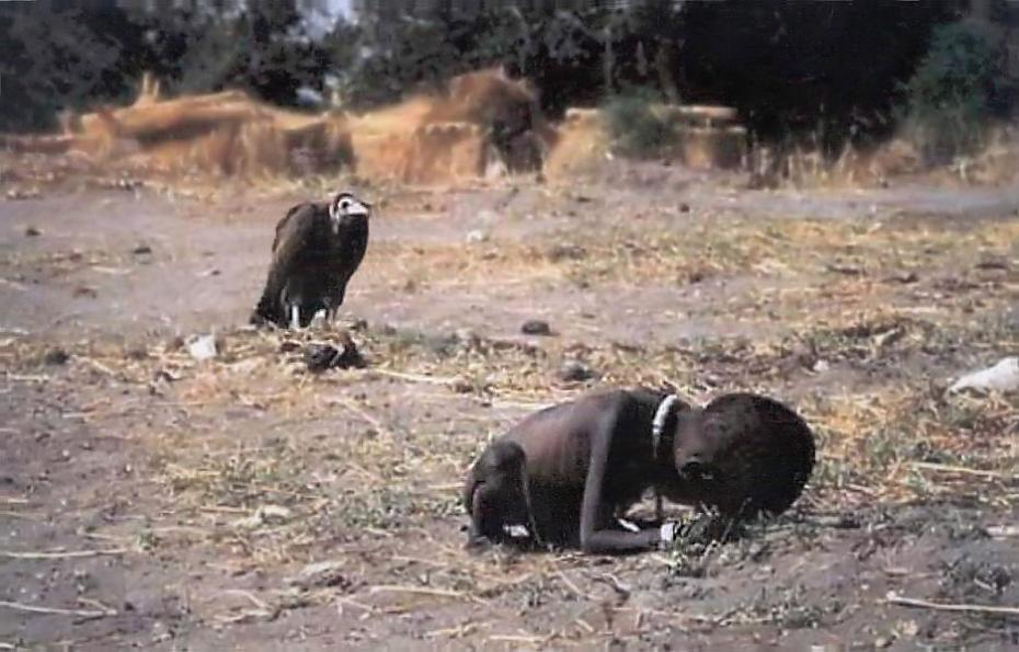 starving_child_vulture_nilgunyalcin