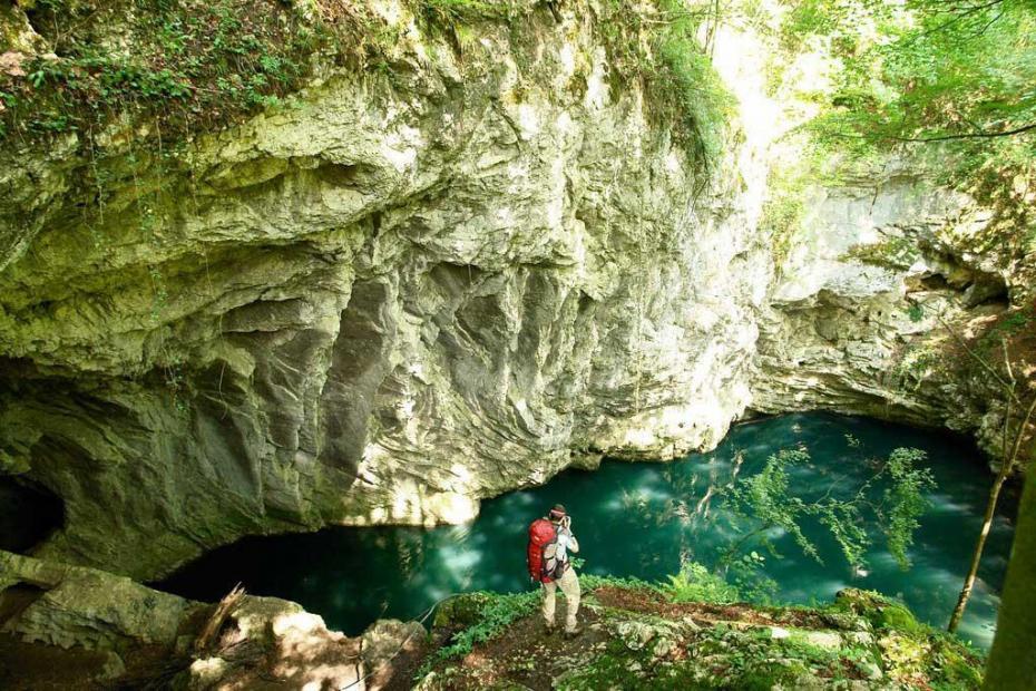 Lacul Ochiul Dracului - Romania