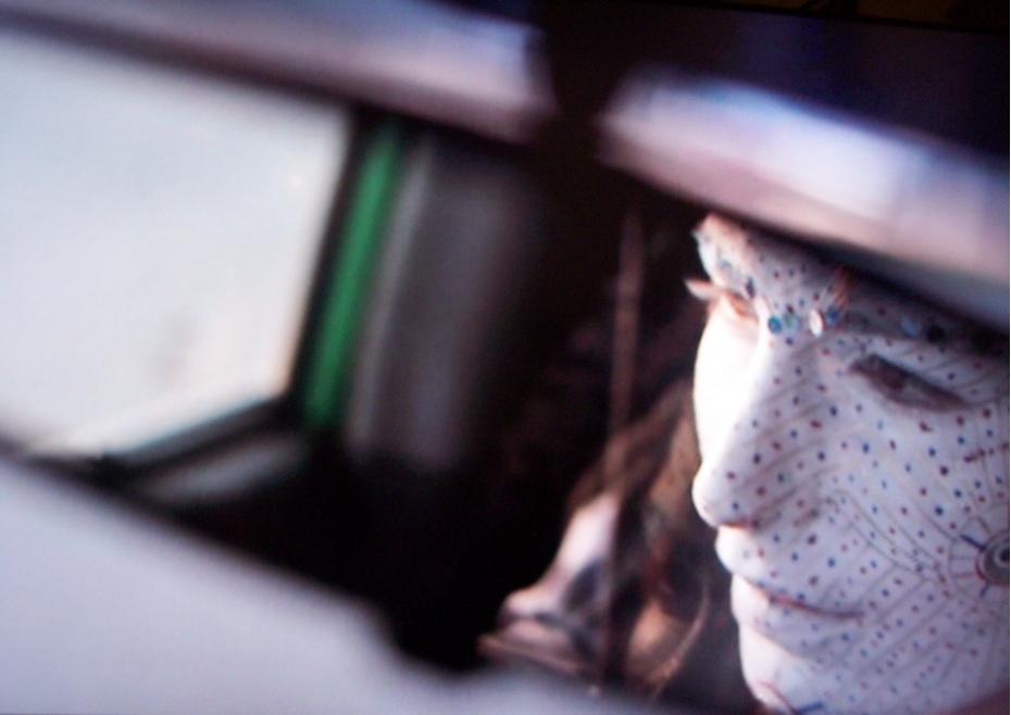 mireasa in oglinda retrovizoare